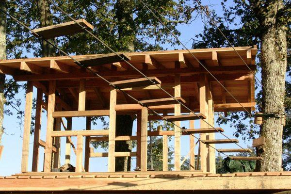 cabanes-construction-arbre-et-aventure3